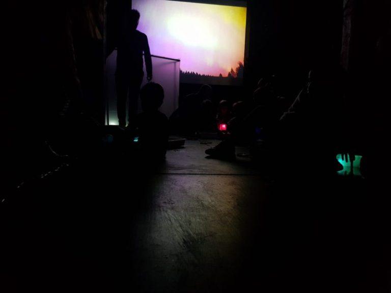 Audiovisuales para enseñar arte